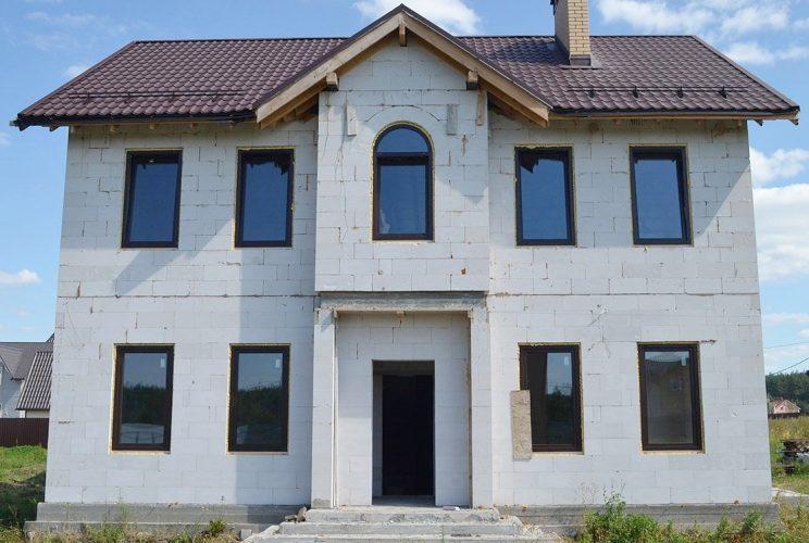 Дом из легкого бетона